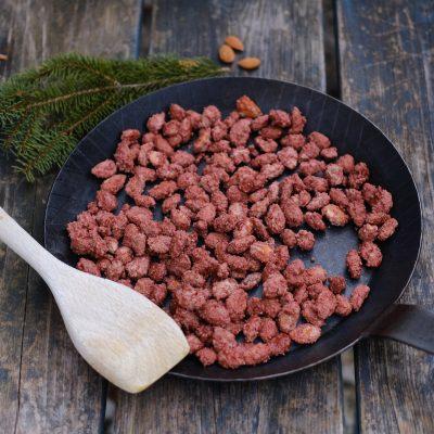 Knusprig und süß – ein feines Rezept für gebrannte Mandeln